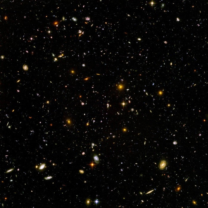 By NASA and the European Space Agency. [Public domain], via Wikimedia Commons